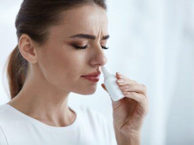 Орошение носа спреем